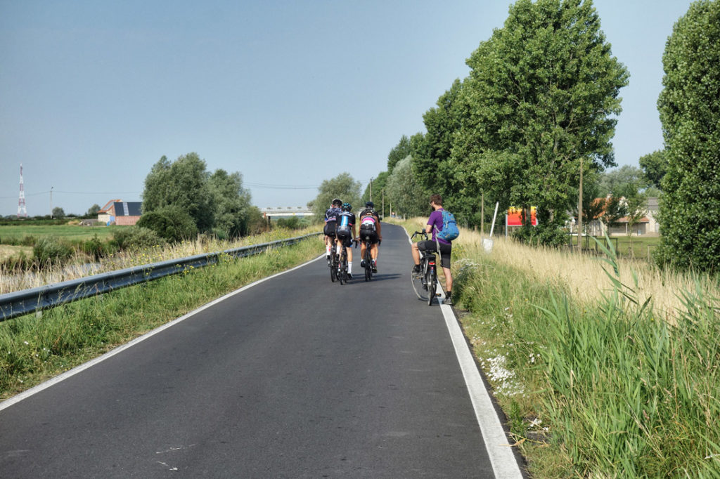 Cyclistes Dixmude