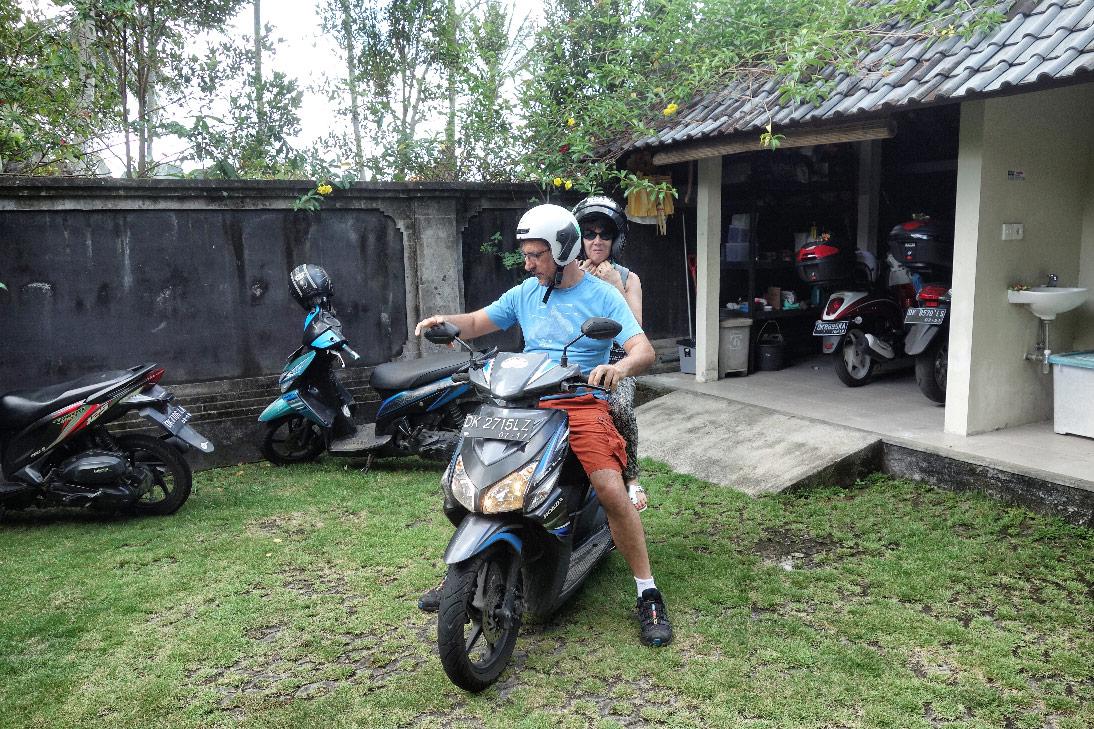 Bali Ubud Scooter Les Gros Sacs
