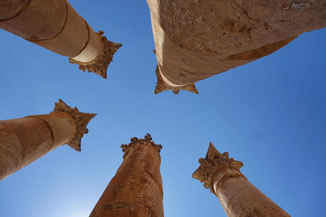 Jerash Colonnes Temple Artemis