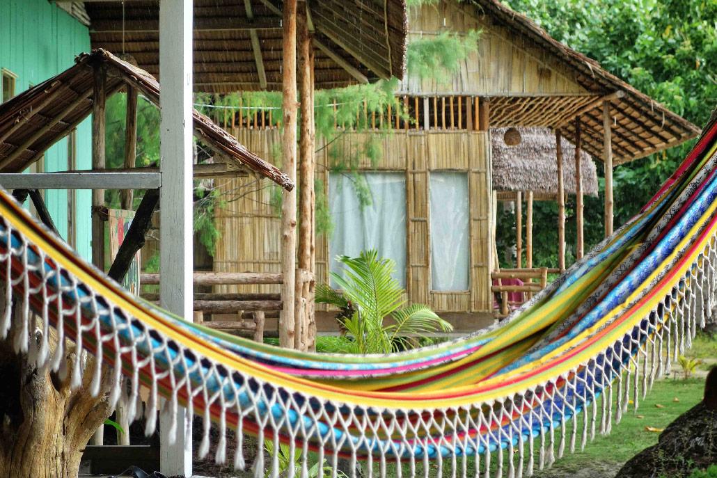poki poki hamac bungalow togian sulawesi